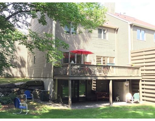 Appartement en copropriété pour l Vente à 770 Salisbury St #415 770 Salisbury St #415 Worcester, Massachusetts 01609 États-Unis