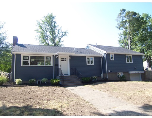 11  Farm Road,  Braintree, MA