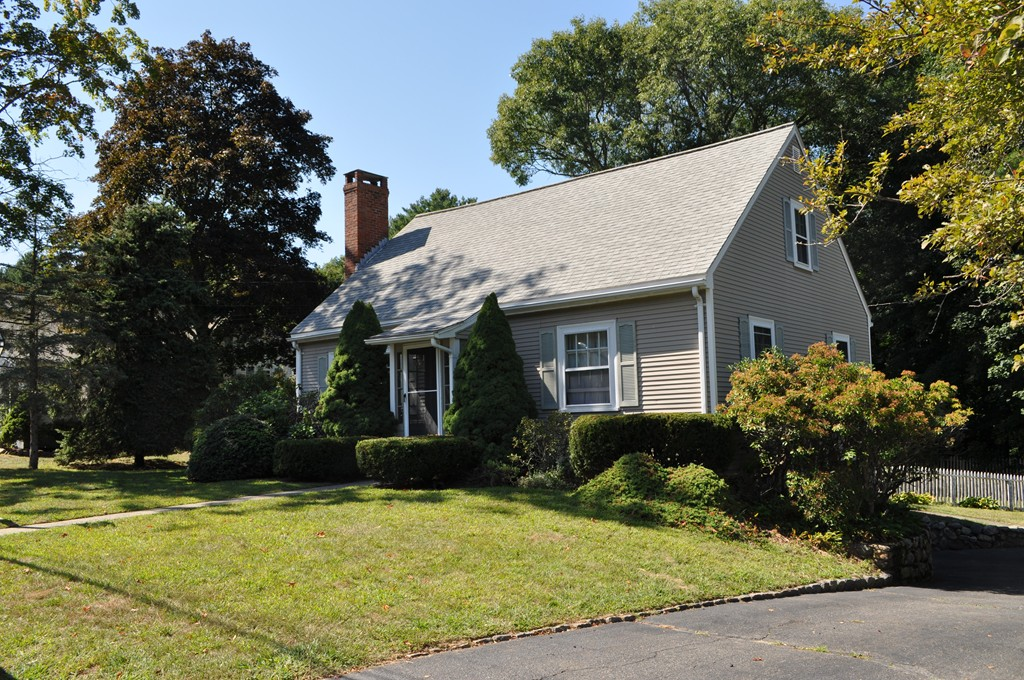 7 Oak Knoll Rd Natick Ma 01760 In Middlesex County Mls