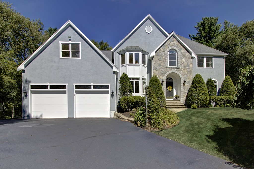 $769,900 - 4Br/5Ba -  for Sale in Country Manor Estates, Holliston