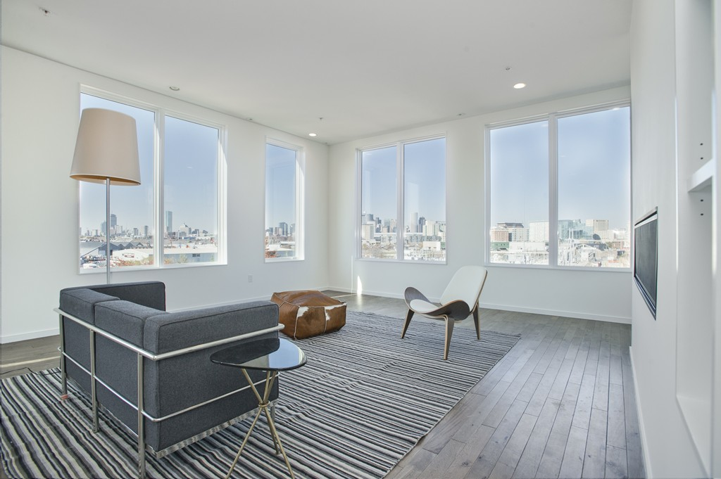 $1,400,000 - 2Br/3Ba -  for Sale in Boston