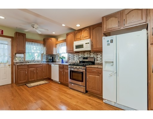 169 albatross rd quincy ma 02169 in norfolk county mls for Perfect kitchens quincy