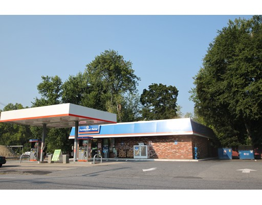 Commercial for Sale at 114 S. Main Street 114 S. Main Street Lancaster, Massachusetts 01561 United States