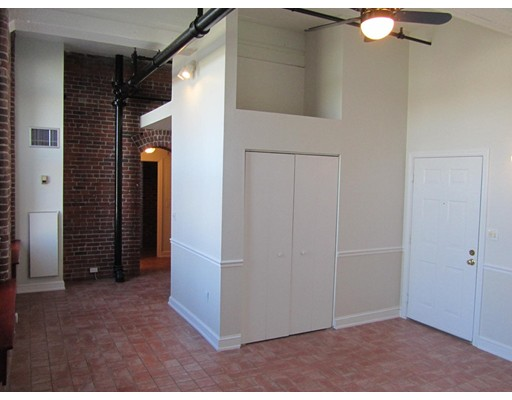 320 West 2nd, #208