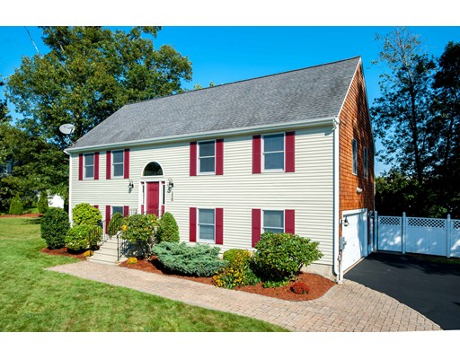 134  Montaup St,  Somerset, MA