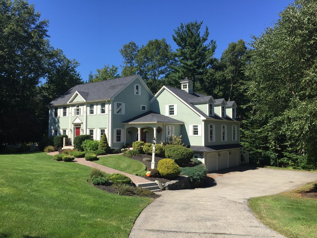 $849,900 - 4Br/5Ba -  for Sale in West Newbury