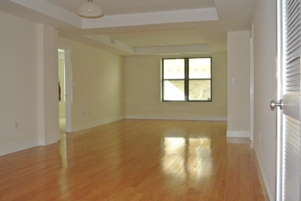 Property for sale at 150 Saint Paul St Unit: 102, Brookline,  MA 02446