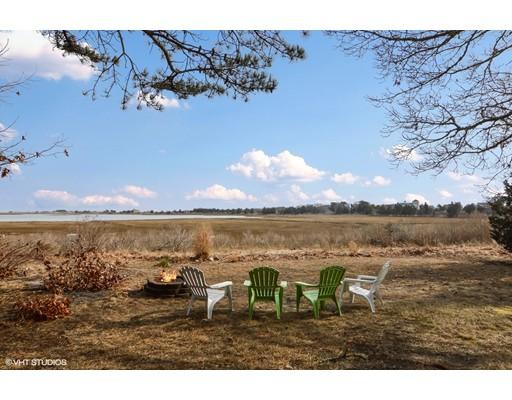 Частный односемейный дом для того Продажа на 856 Millstone Road Brewster, Массачусетс 02631 Соединенные Штаты