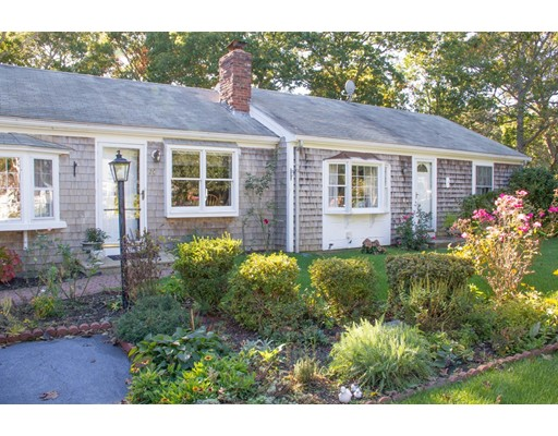 25  Beverly Rd,  Yarmouth, MA