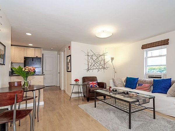 $375,000 - 1Br/1Ba -  for Sale in Cambridge