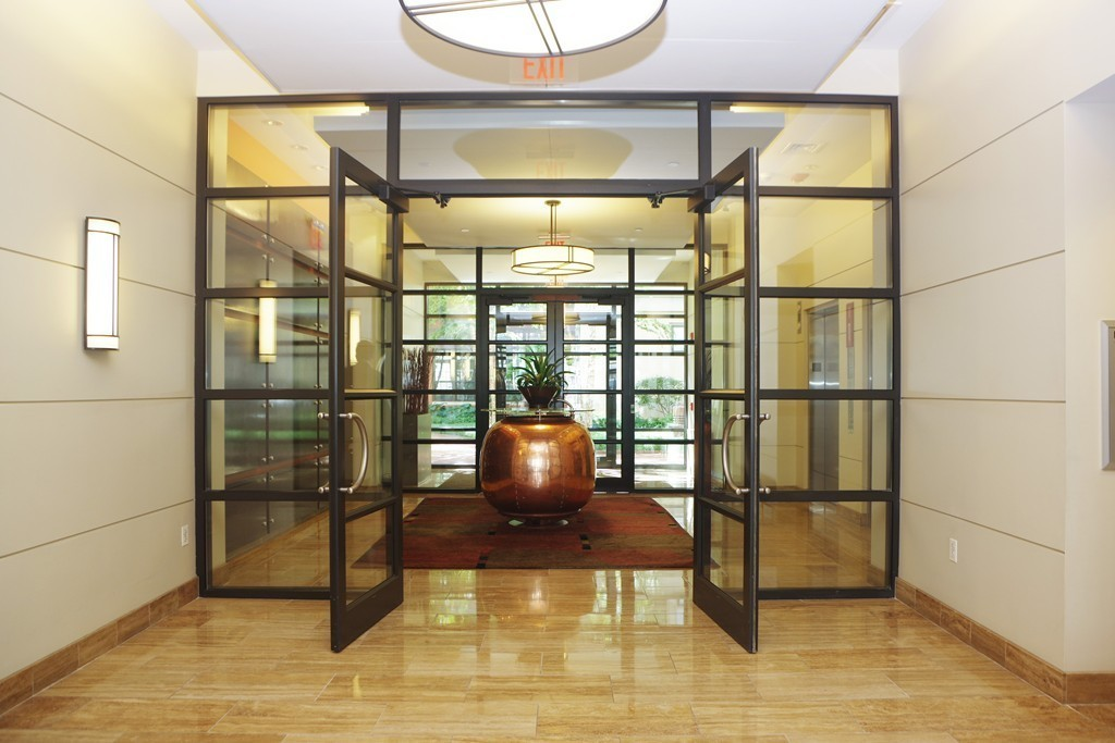 $1,550,000 - 2Br/3Ba -  for Sale in Cambridge