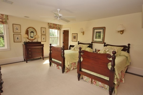 Photo #8 of Listing 25 Mattarest Ln