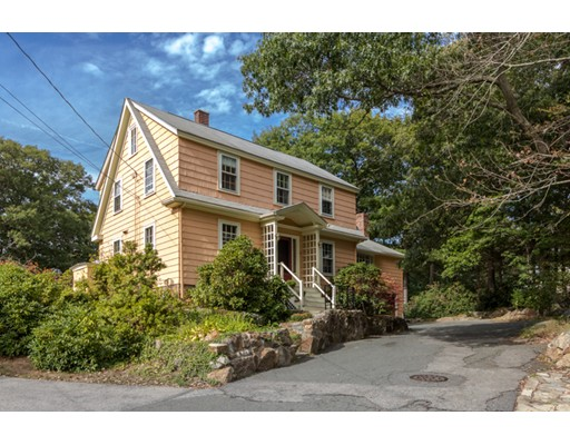 10  Hillcrest Rd.,  Beverly, MA