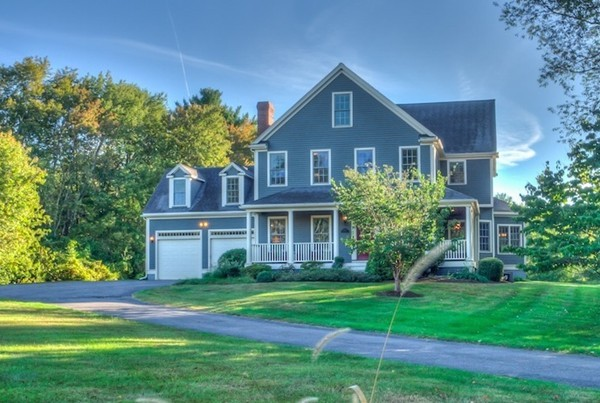 $929,000 - 4Br/4Ba -  for Sale in Holliston