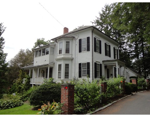16  Tyler Place,  Amherst, MA