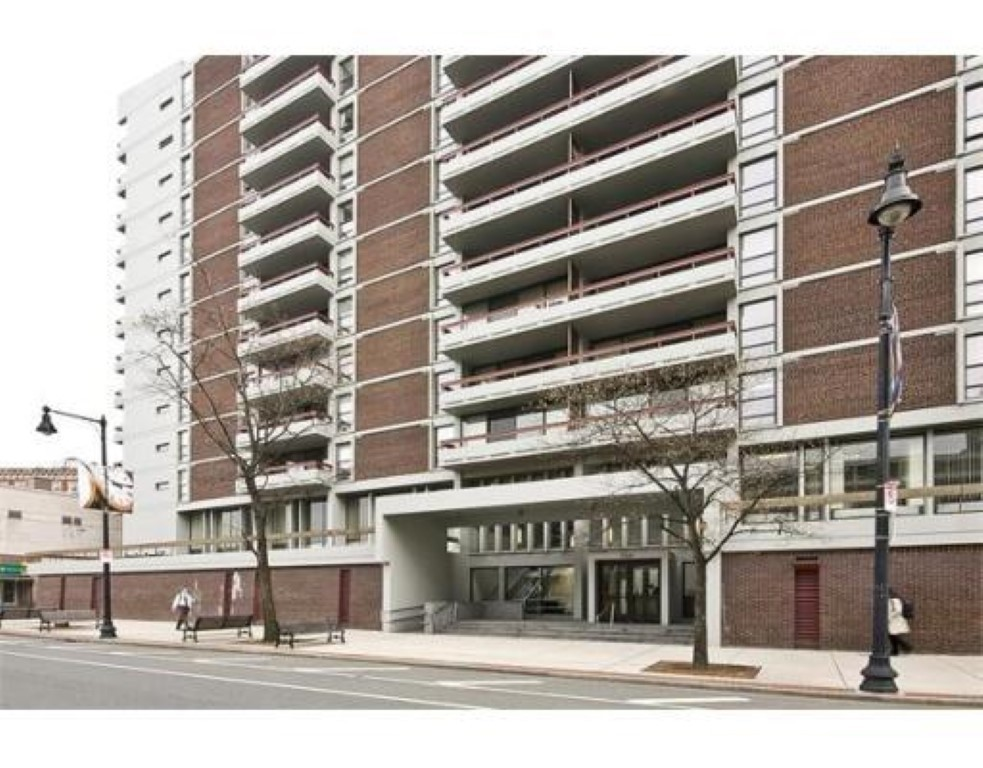 $725,000 - 2Br/2Ba -  for Sale in Boston