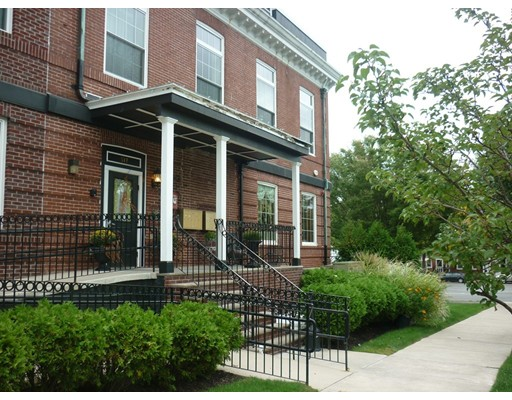 Rental Homes for Rent, ListingId:35694524, location: 317 Main Street Wakefield 01880