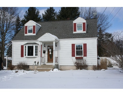 47  Laurie Ave,  South Hadley, MA