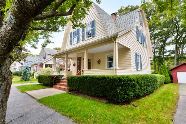 Property for sale at 172 Aspen Rd, Swampscott,  MA 01907