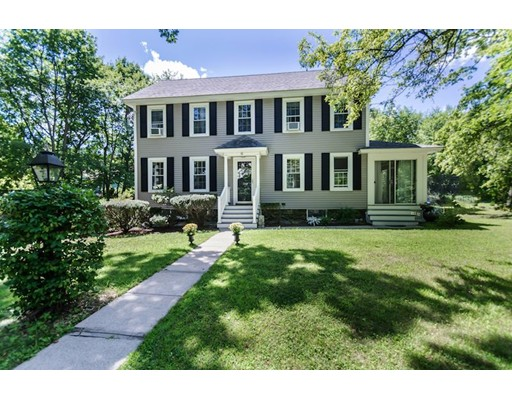 Chandler Cir is a similar priced home to 10 Chandler Cir in Andover Ma