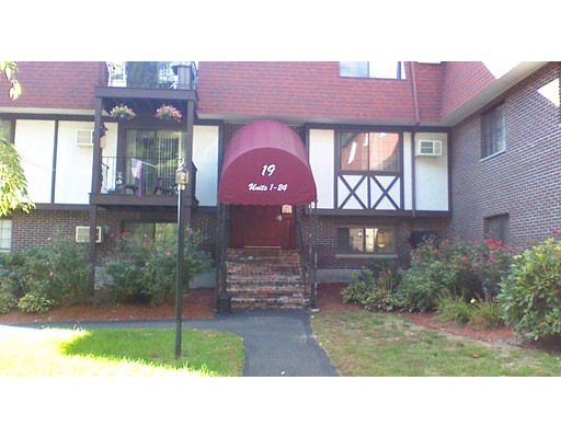 19  Erick Rd,  Mansfield, MA
