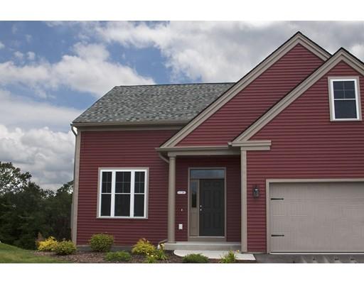 شقة بعمارة للـ Sale في 26 Southwick Hill 26 Southwick Hill Southwick, Massachusetts 01077 United States