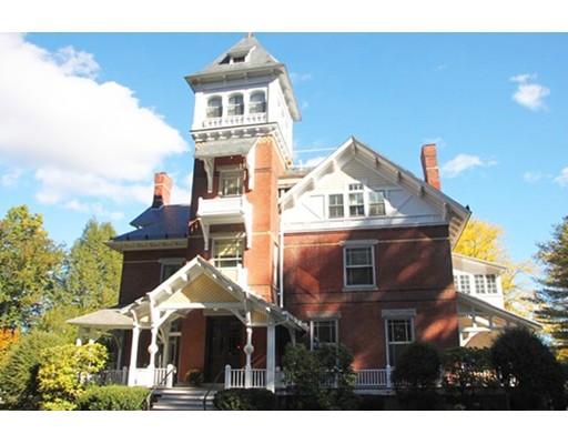 共管式独立产权公寓 为 销售 在 1 Florence Street Northampton, 马萨诸塞州 01053 美国