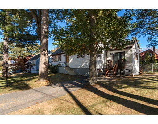 10  Edgewood Road,  Billerica, MA