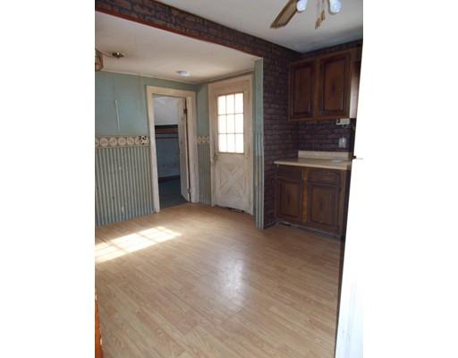 86 Batchelor Street, Granby, MA, 01033