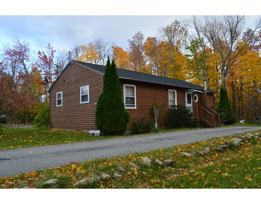 Single Family Home for Sale at 44 Maid Marian Lane Becket, Massachusetts 01223 United States