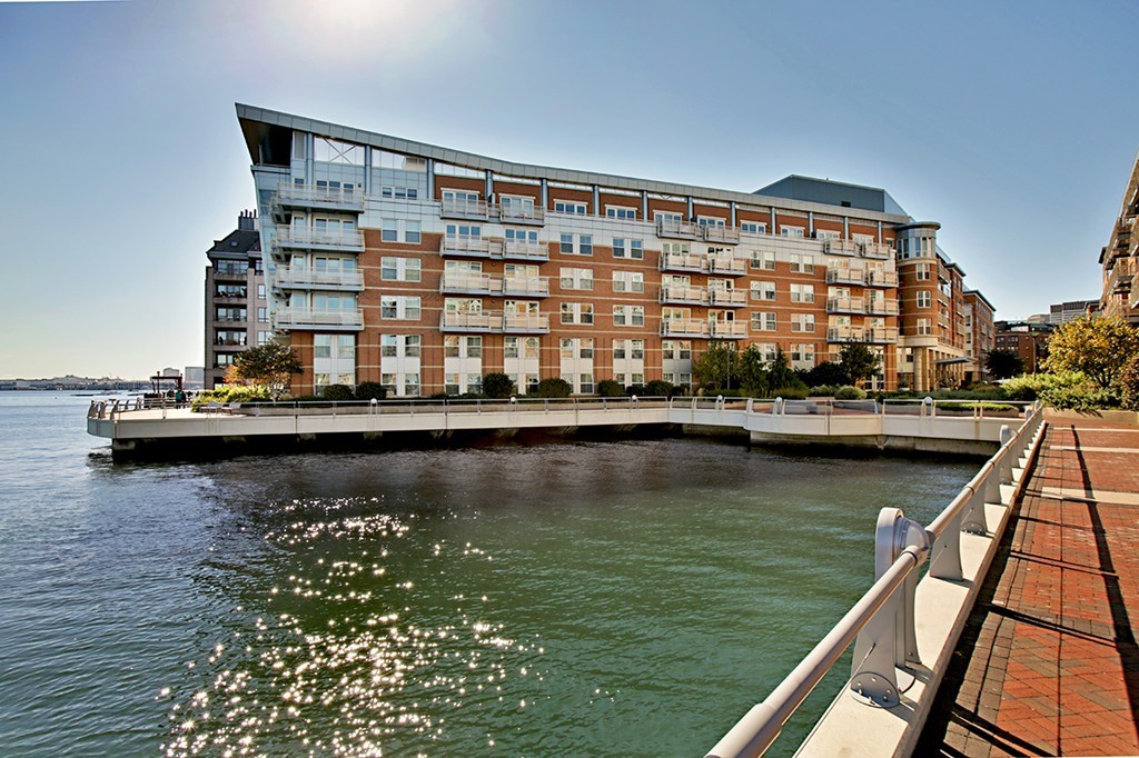 $2,095,000 - 2Br/2Ba -  for Sale in Boston