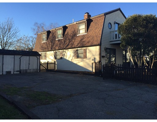 121 Charles St, Quincy, MA 02169