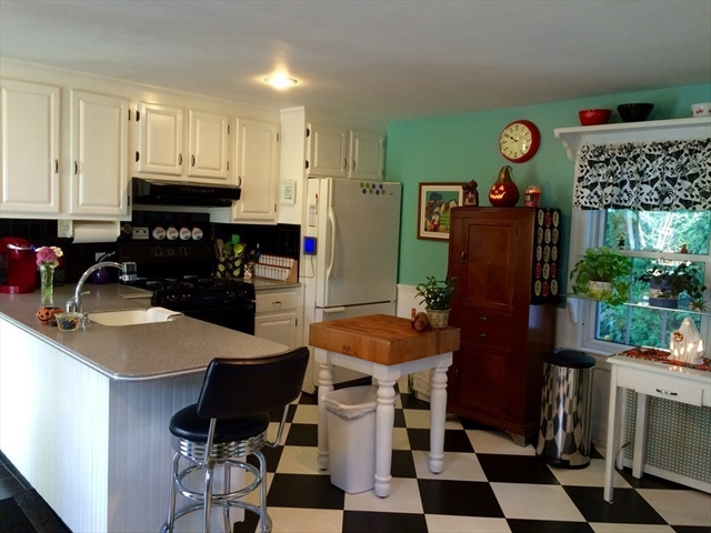 Photo #10 of Listing 14 Bacon St