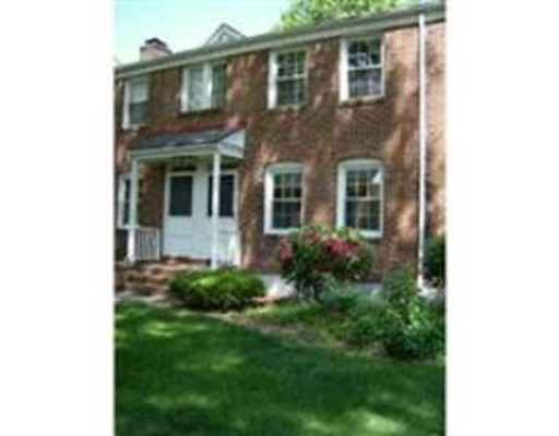 448  Cold Spring,  West Springfield, MA