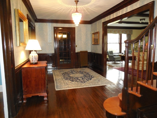 Photo #4 of Listing 1450 Northampton
