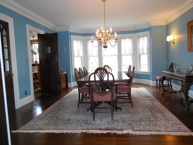 Photo #9 of Listing 1450 Northampton