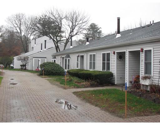 16  Mary Dyer Lane,  Easton, MA