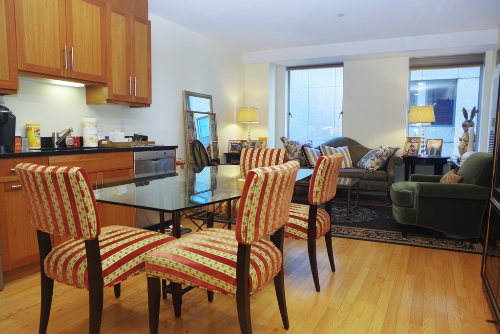 $599,999 - 1Br/1Ba -  for Sale in Boston