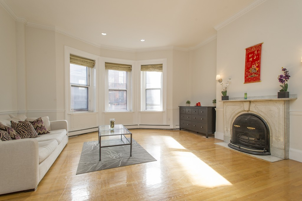 $1,295,000 - 2Br/2Ba -  for Sale in Boston