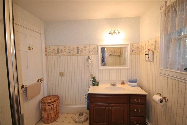 Photo #4 of Listing 877 Shore Road