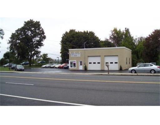 10 & 12 Russell St, Hadley, MA 01035