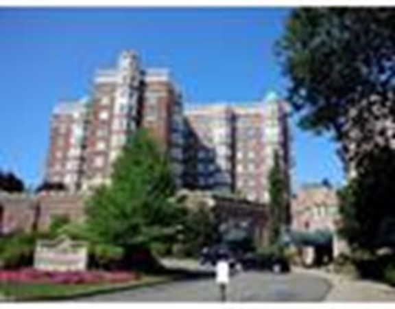 Property for sale at 20 Chapel St Unit: C 604, Brookline,  MA 02446
