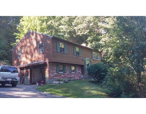 Single Family Home for Sale at 52 Overlook Drive 52 Overlook Drive Russell, Massachusetts 01071 United States