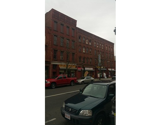 Commercial للـ Sale في 106 High Street 106 High Street Holyoke, Massachusetts 01040 United States