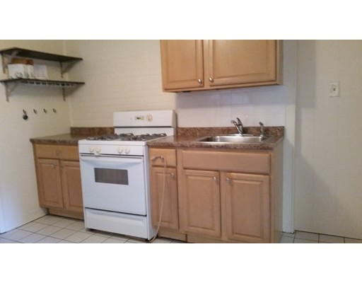 Additional photo for property listing at 160 Prince Street 160 Prince Street Boston, Massachusetts 02113 États-Unis
