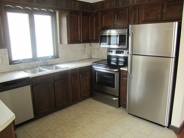 Photo #6 of Listing 95 Lakeview Ave