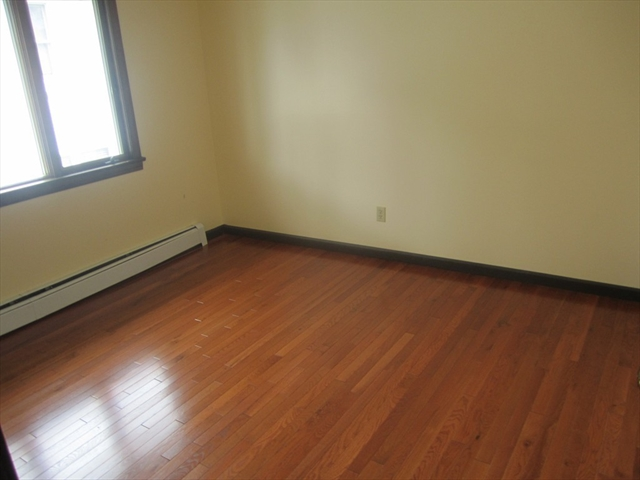 Photo #15 of Listing 95 Lakeview Ave