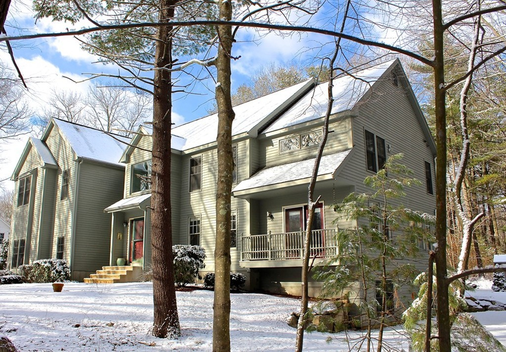 $700,000 - 4Br/5Ba -  for Sale in Timber Ledge Drive, Holliston
