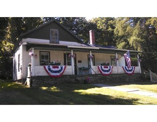 独户住宅 为 销售 在 141 Amherst Road 141 Amherst Road Pelham, 马萨诸塞州 01002 美国