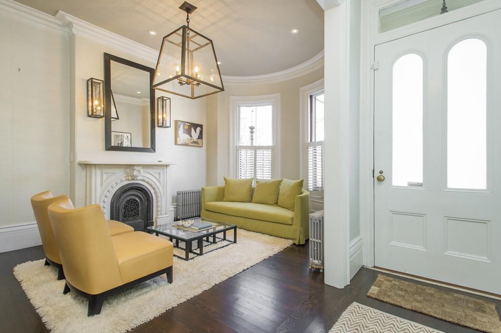 $1,895,000 - 3Br/3Ba -  for Sale in Boston